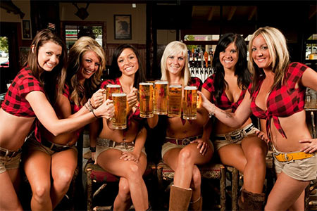 cheers-omaha-bikers-from-the-twin-peaks-girls