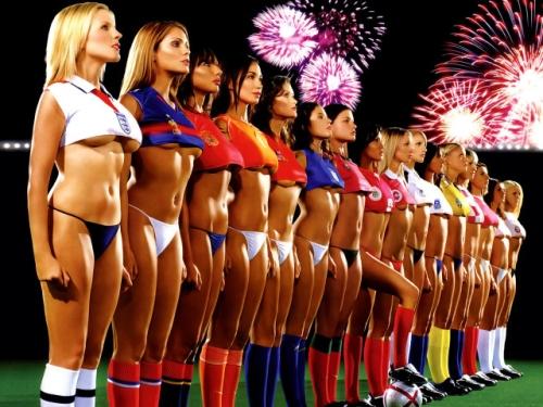 Sexy Soccer Girls 2-826542